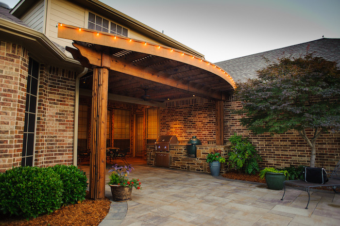 Shade arbors patio covers pergolas in dallas tx for Dallas outdoor kitchens